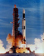 depart navette spatiale américaine